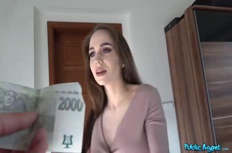 Грудастая давалка согласна на порно за деньги