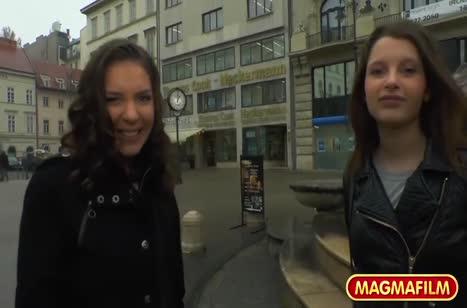 Русские красотки решились на любительскую групповуху