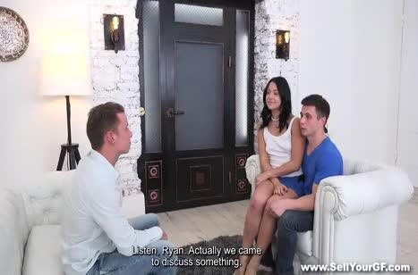 Подружка согласилась оплатить долги натурой